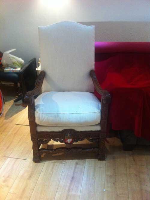 Photo: throne awaiting top fabric